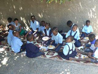 1 Children Eating